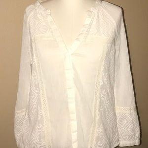 PAIGE women's Y neck button down eyelet blouse M